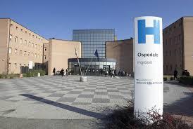 Veduta dall'esterno di una struttura ospedaliera